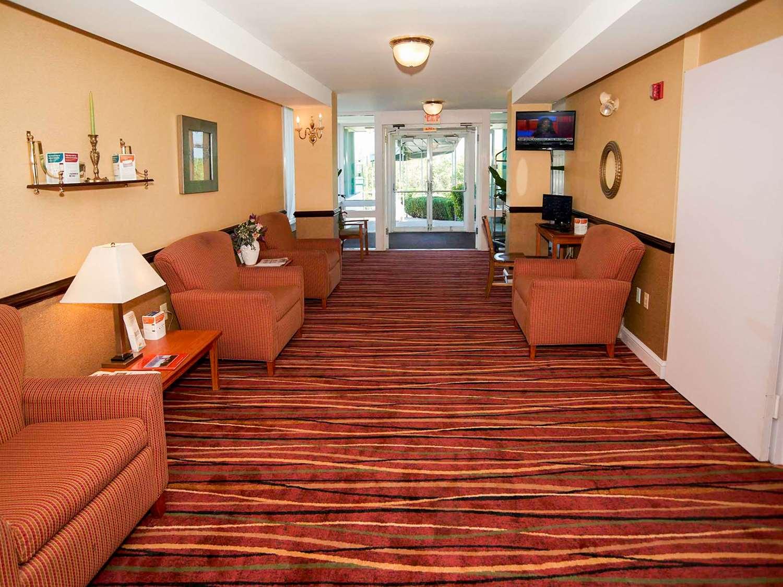 Lobby - Quality Inn Bourne