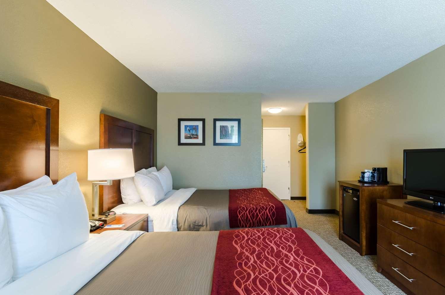 Room - Comfort Inn Randolph