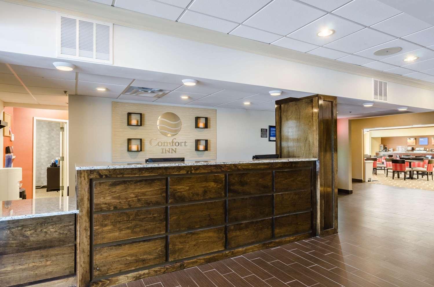 Lobby - Comfort Inn Randolph