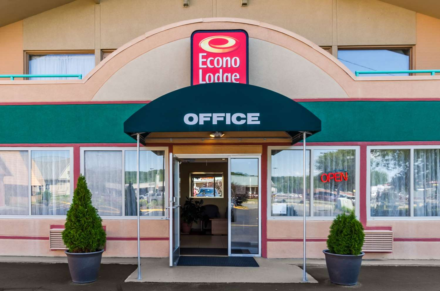 Exterior view - Econo Lodge Pittsfield