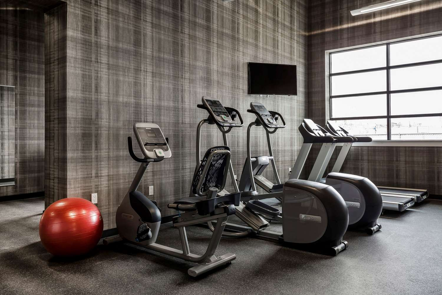 Fitness/ Exercise Room - Envision Hotel Everett