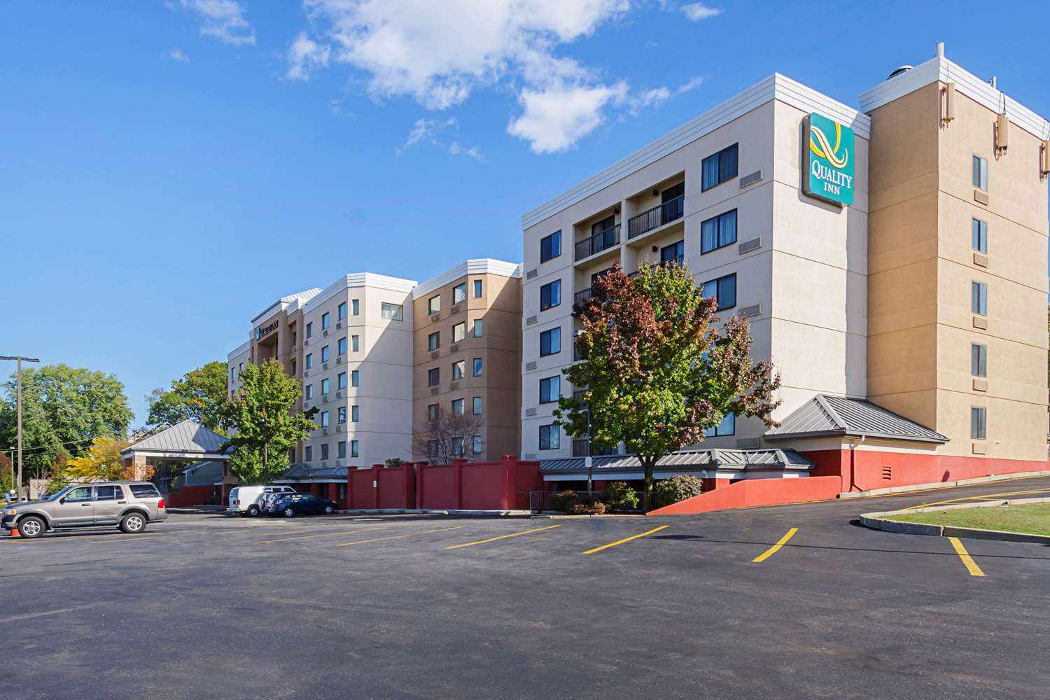 Exterior view - Quality Inn Revere