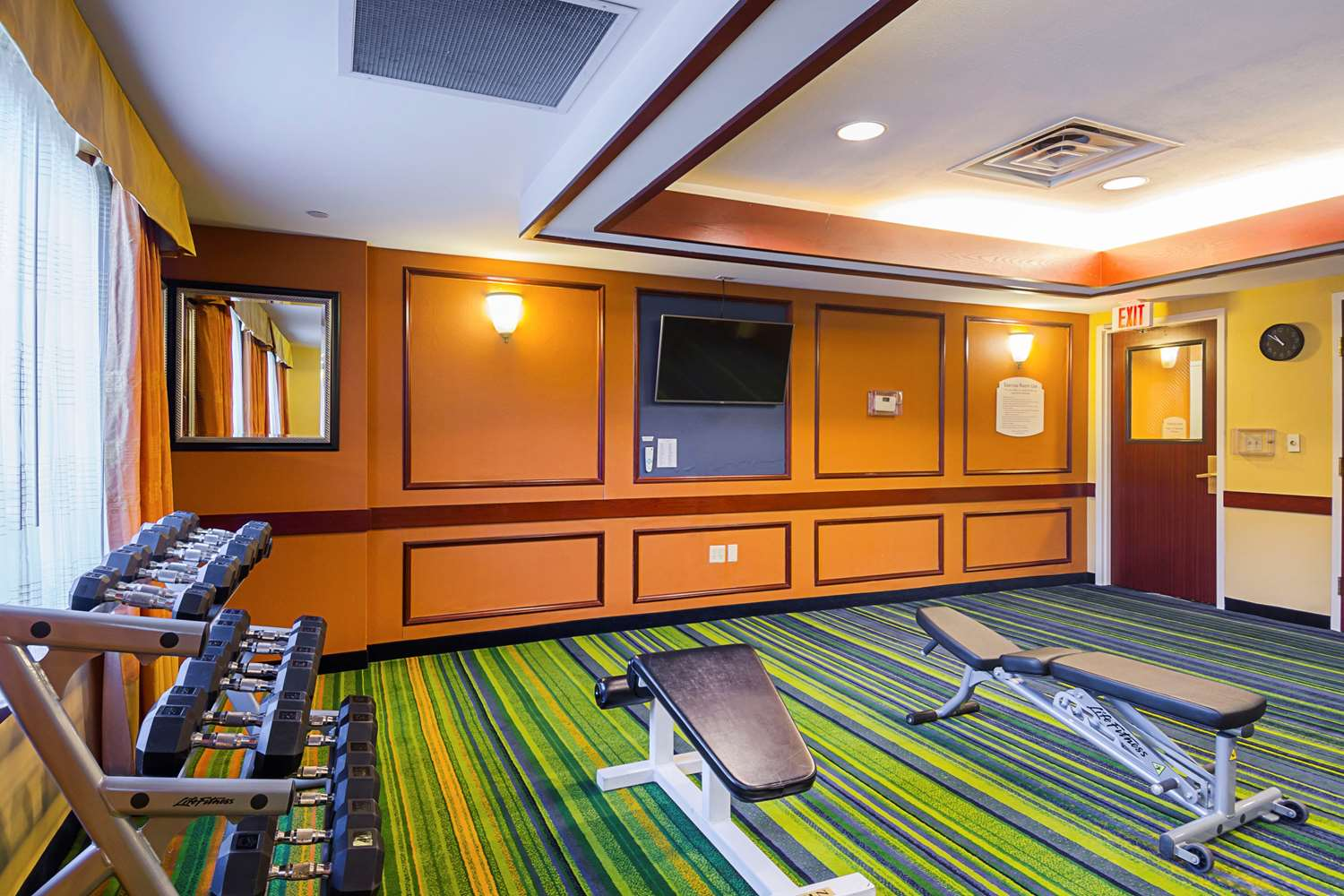 Fitness/ Exercise Room - Quality Inn Revere