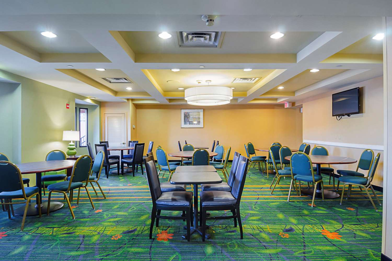 Restaurant - Quality Inn Revere