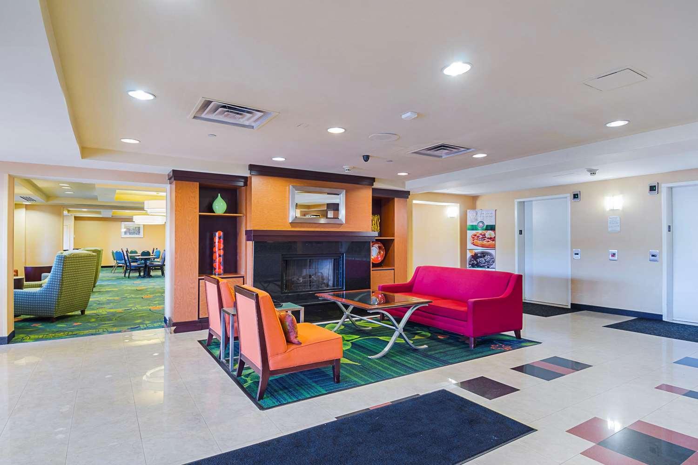Lobby - Quality Inn Revere