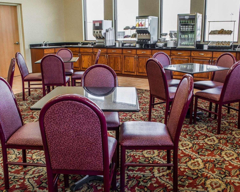 Restaurant - Comfort Suites Hagerstown