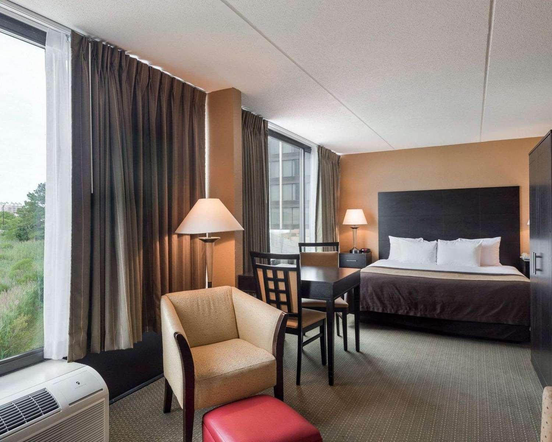 Suite - Comfort Inn Gold Coast Ocean City
