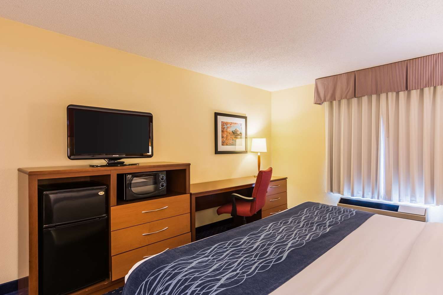Suite - Comfort Inn at Andrews AFB Clinton