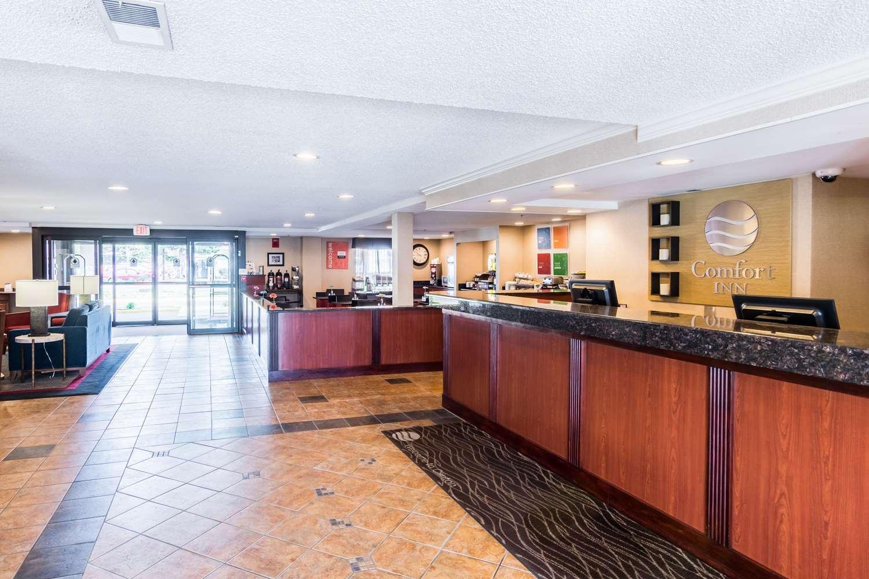 Lobby - Comfort Inn at Andrews AFB Clinton