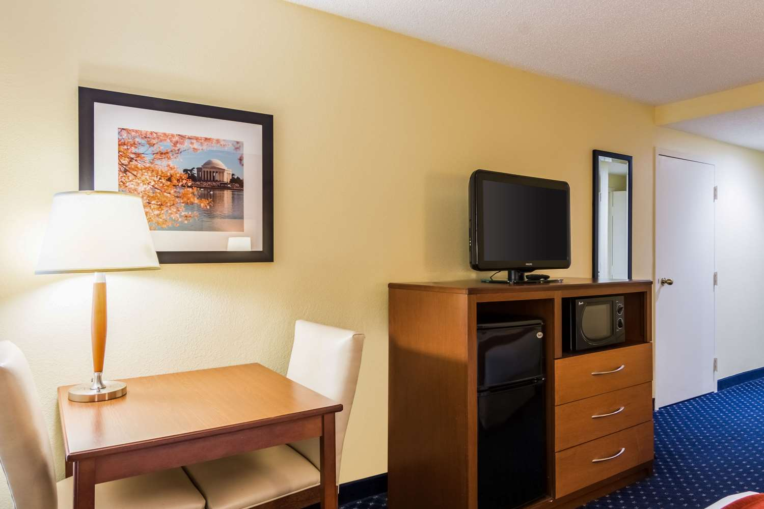 Room - Comfort Inn at Andrews AFB Clinton