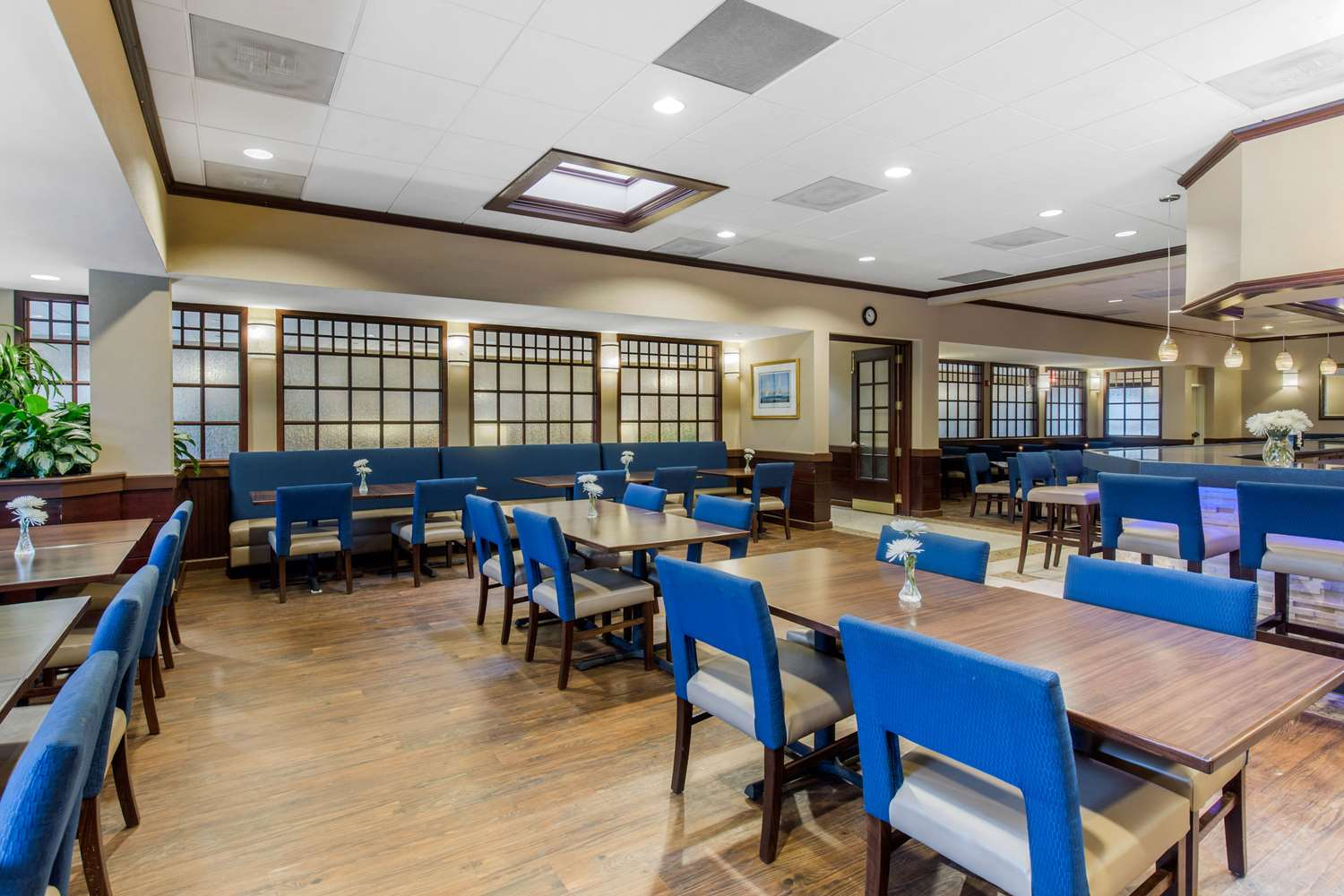 Restaurant - Comfort Inn Conference Center Hotel Bowie