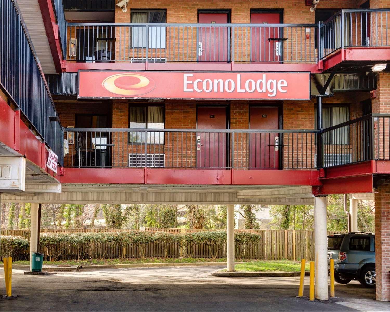 Exterior view - Econo Lodge College Park