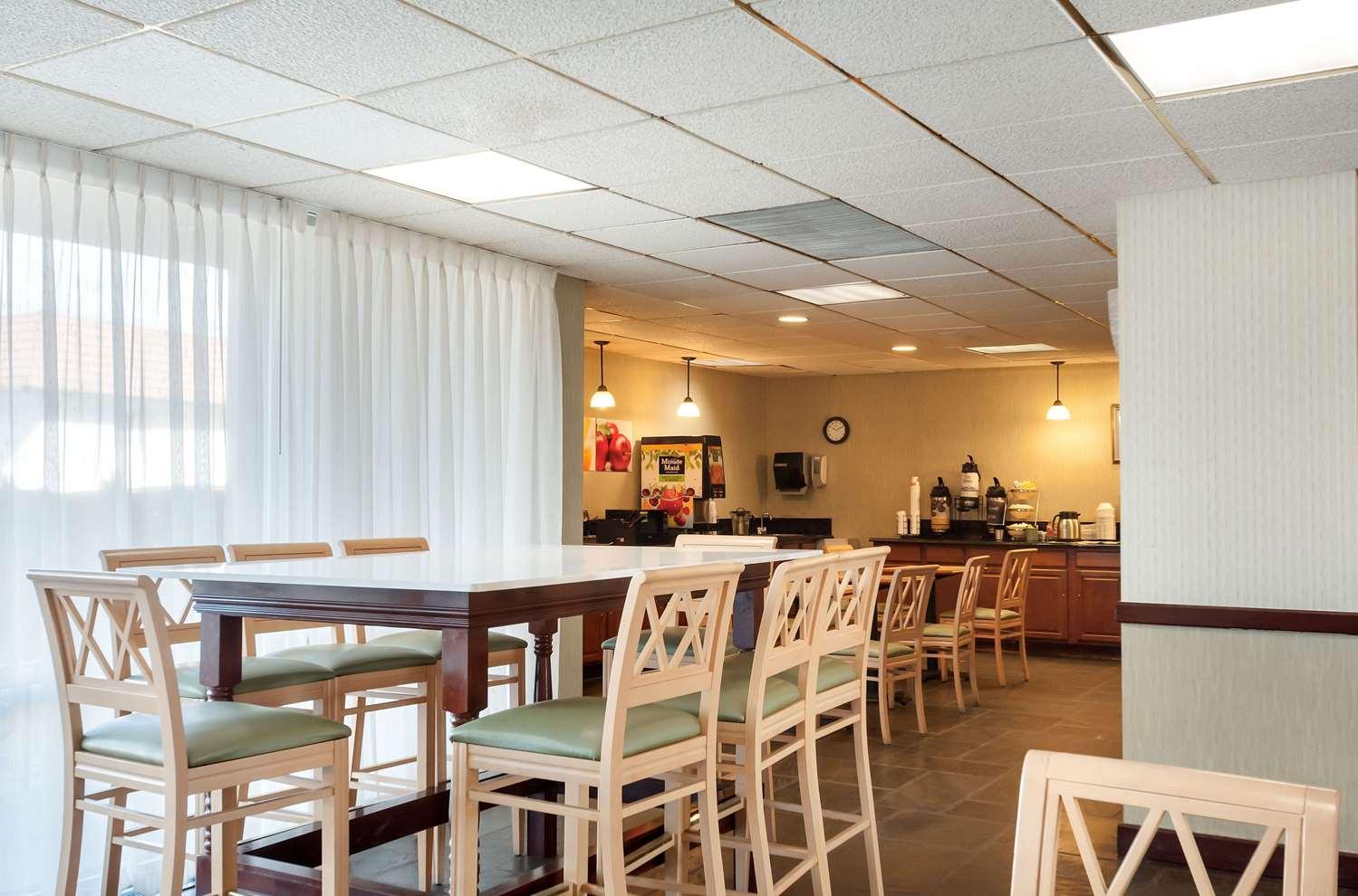 Restaurant - Quality Inn & Suites Laurel