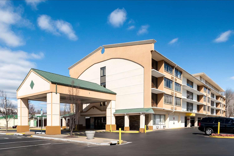Exterior view - Quality Inn & Suites Laurel