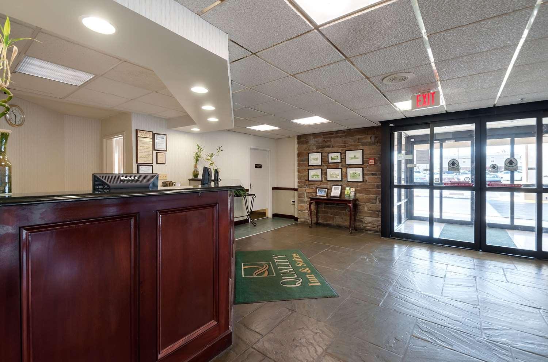 Lobby - Quality Inn & Suites Laurel