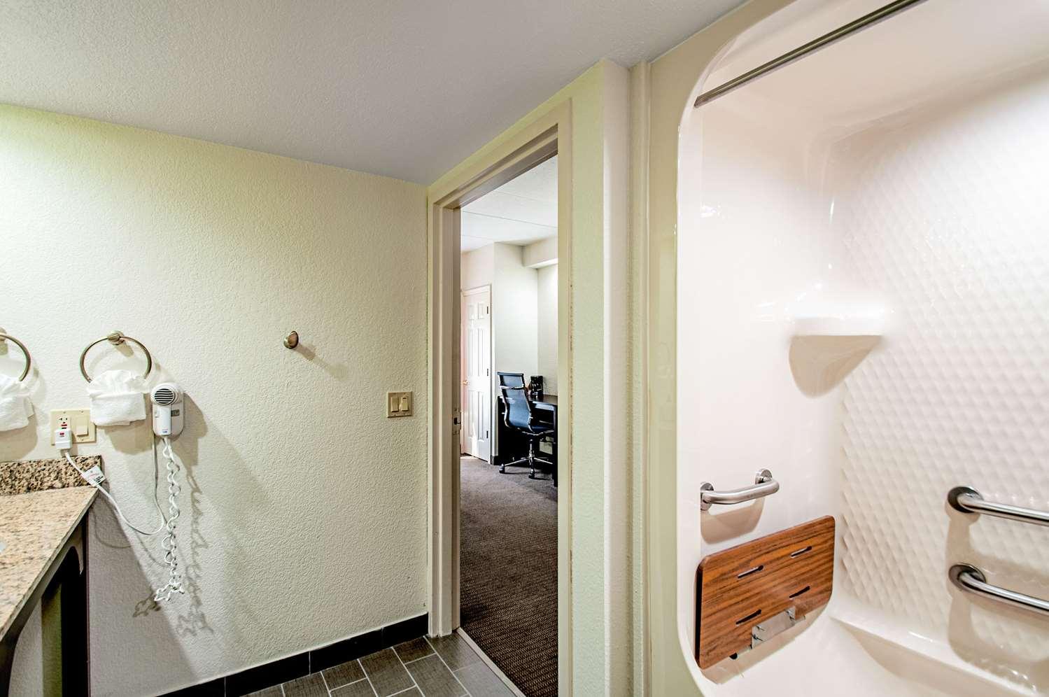 Room - Sleep Inn Frederick