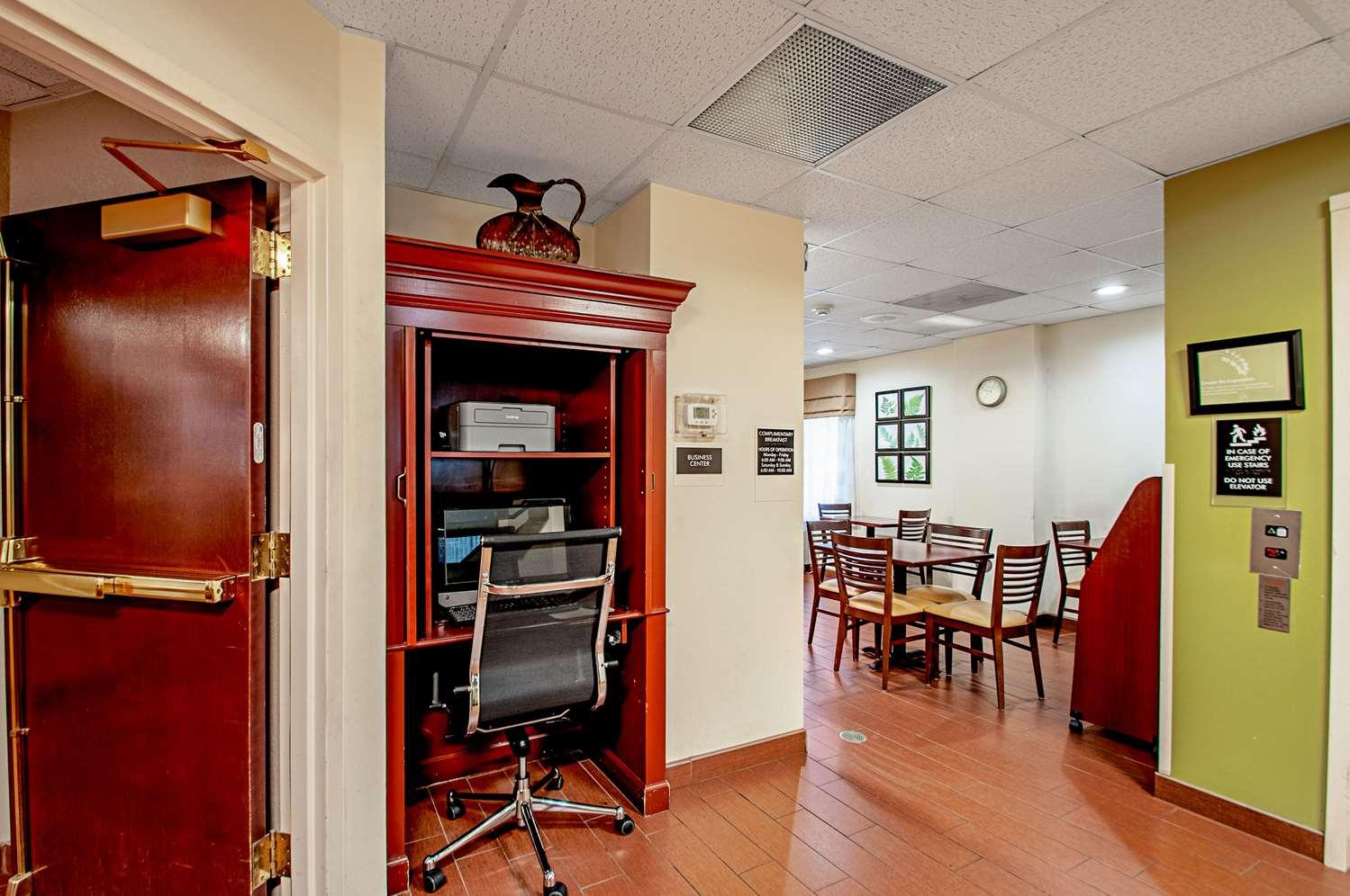 Conference Area - Sleep Inn Frederick