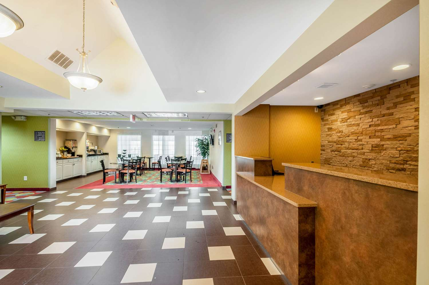 Lobby - MainStay Suites Frederick