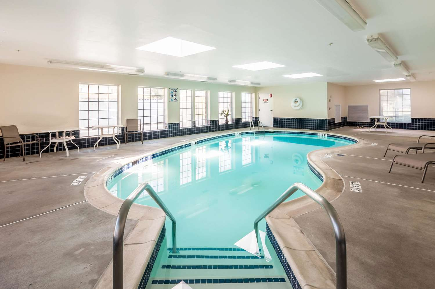 Pool - MainStay Suites Frederick