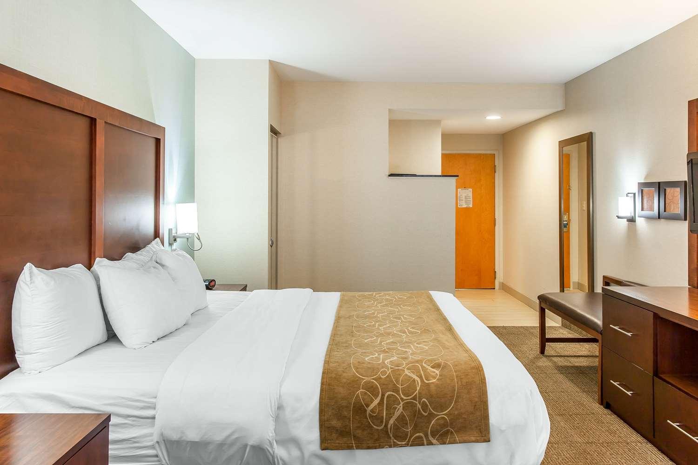 Room - Comfort Suites Ocean City