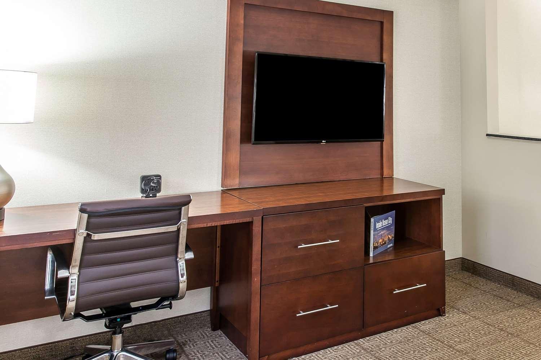 Suite - Comfort Suites Ocean City