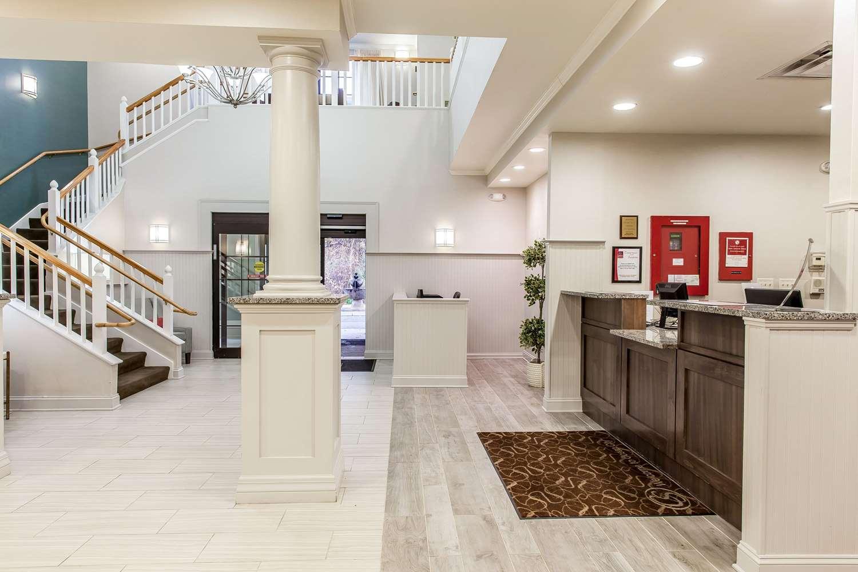 Lobby - Comfort Suites Ocean City