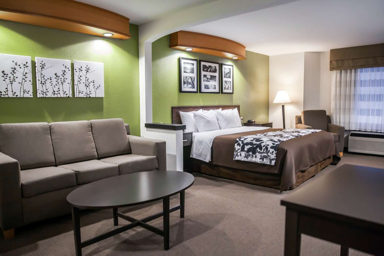 Suite - Sleep Inn & Suites Emmitsburg
