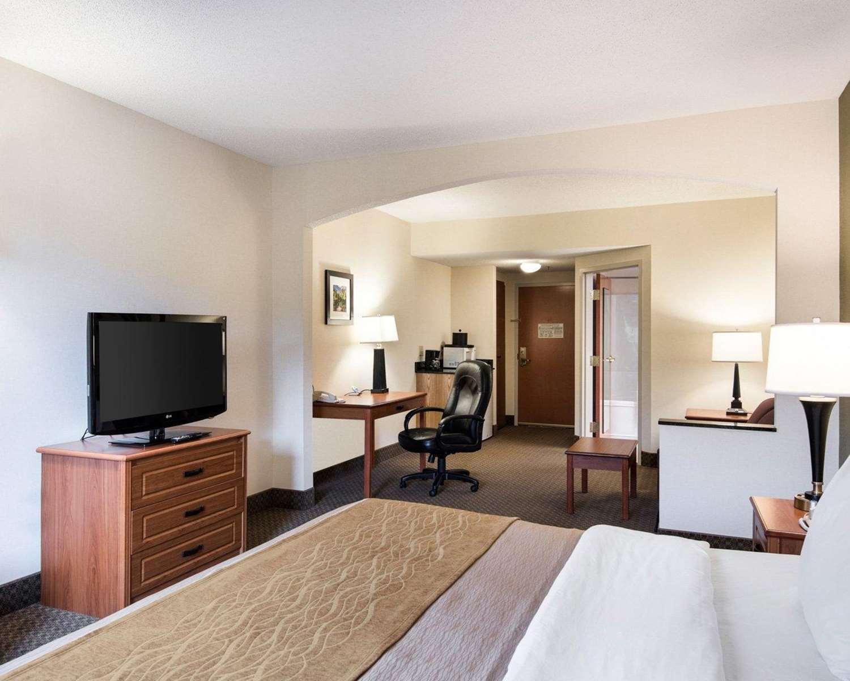 Suite - Comfort Inn & Suites LaVale