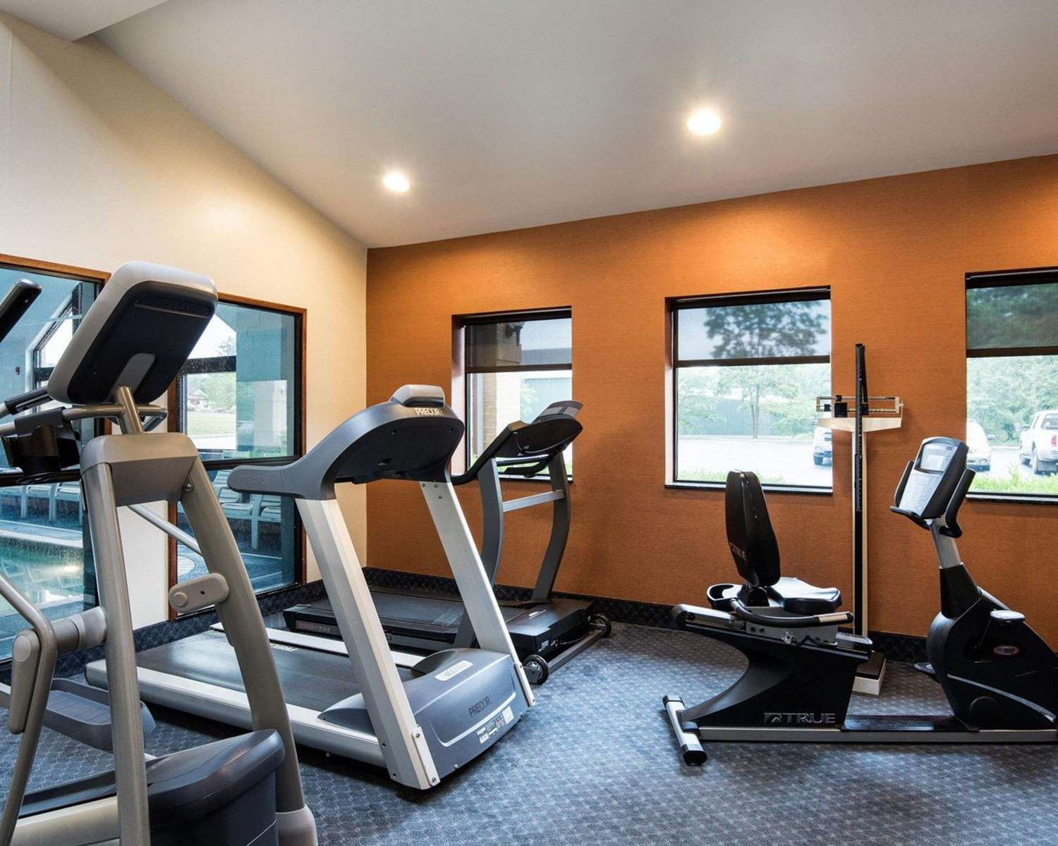 Fitness/ Exercise Room - Comfort Inn & Suites LaVale