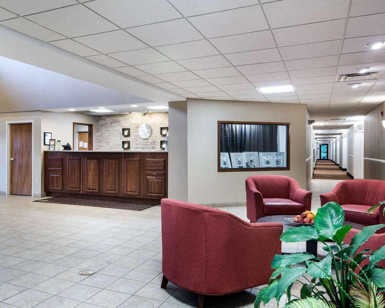 Lobby - Comfort Inn & Suites LaVale