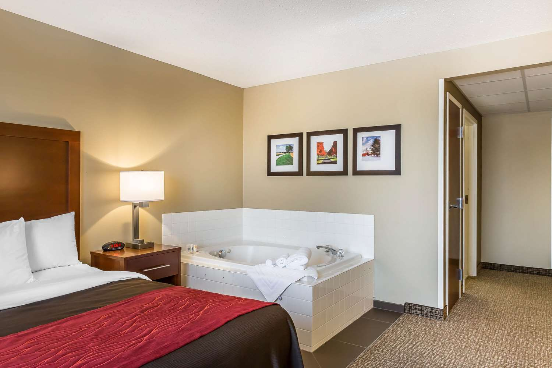 Suite - Comfort Inn Frederick
