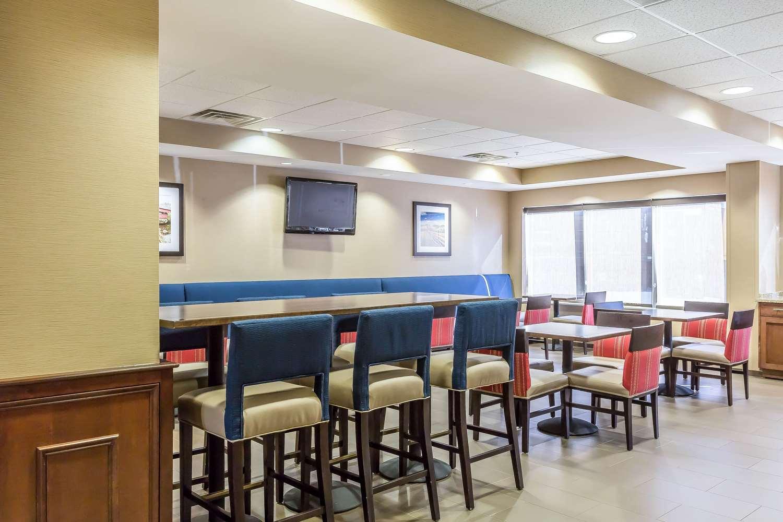 Restaurant - Comfort Inn Frederick