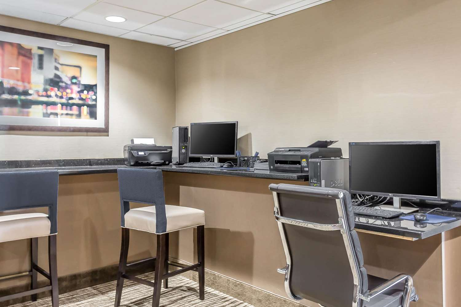 Conference Area - Comfort Inn & Suites Aberdeen