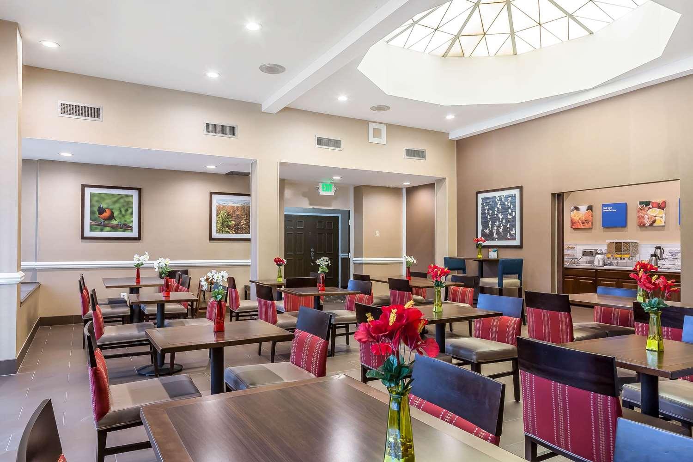 Restaurant - Comfort Inn & Suites Aberdeen