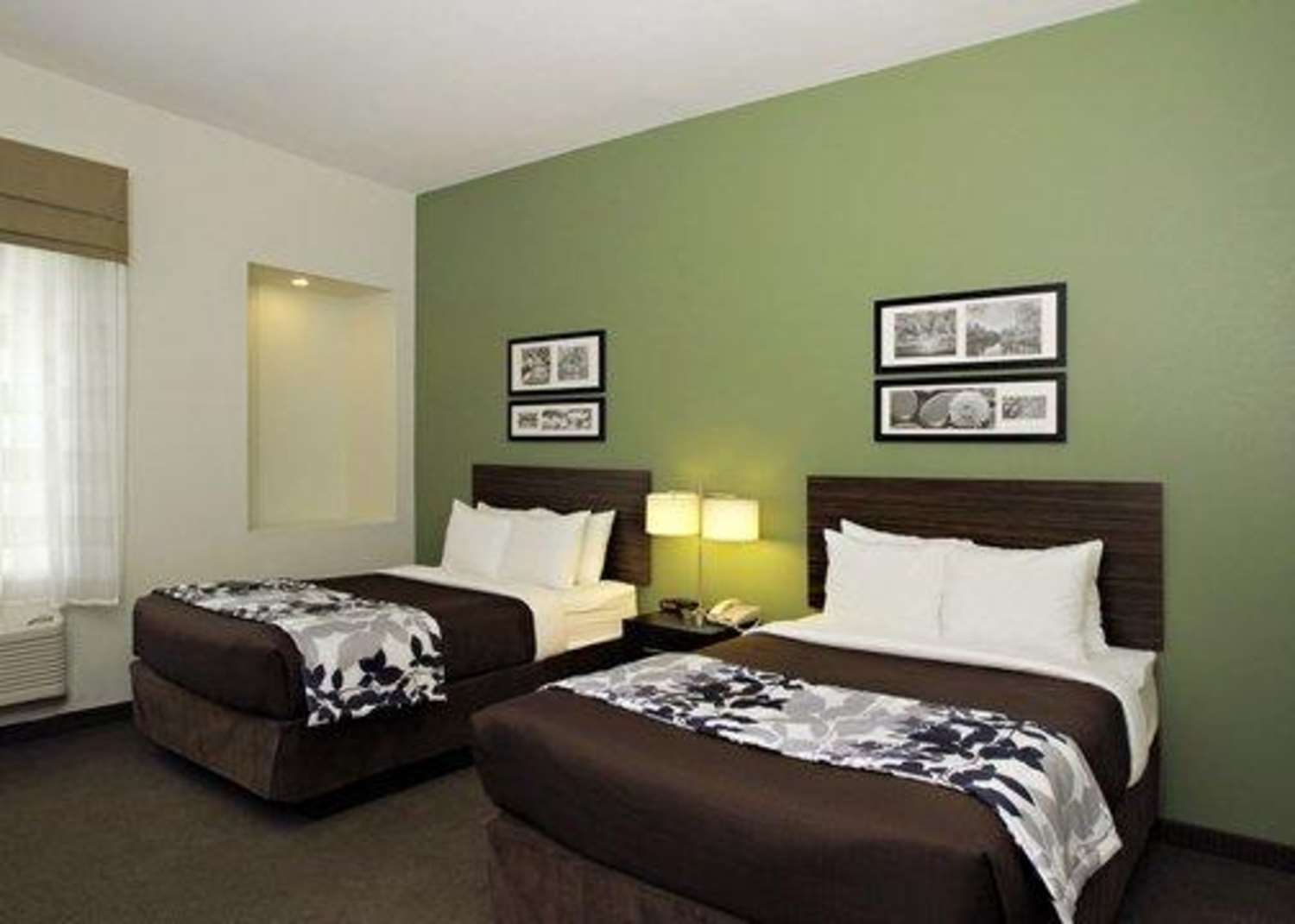 Room - Sleep Inn & Suites Downtown Inner Harbor Baltimore