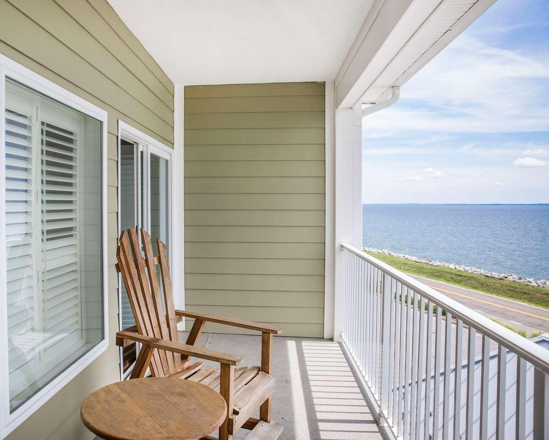 Suite - Island Inn & Suites Piney Point