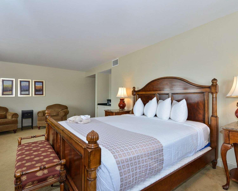 Room - Inn at Hendersons Wharf Baltimore