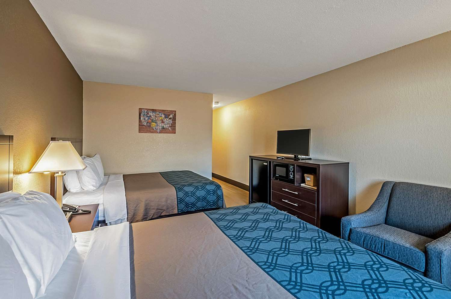 Room - Econo Lodge Hagerstown