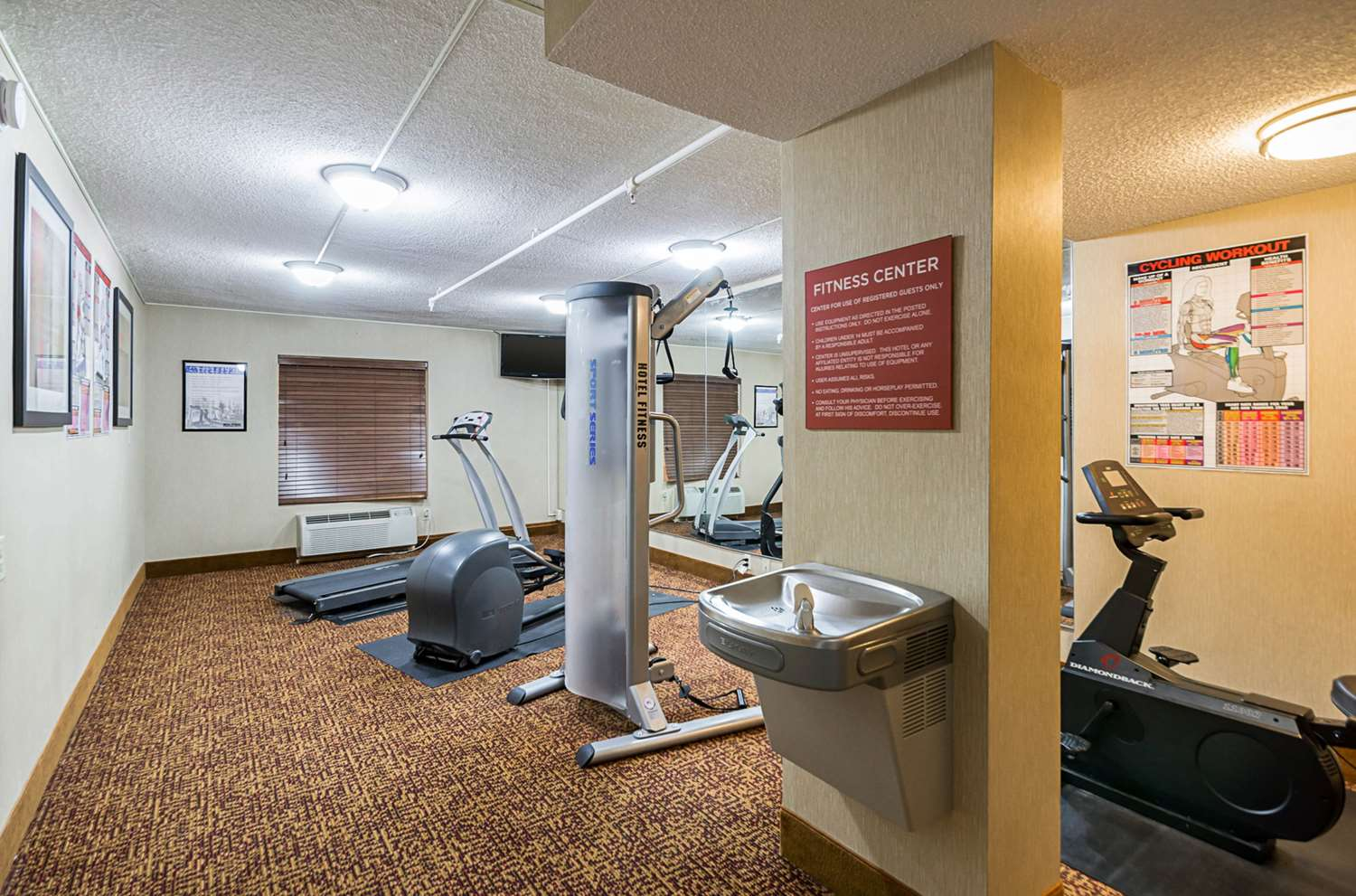 Fitness/ Exercise Room - Econo Lodge Hagerstown