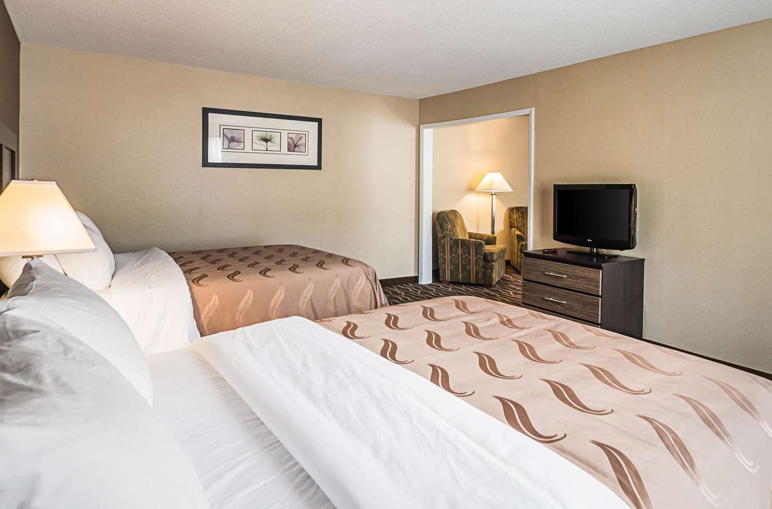 Suite - Quality Inn & Suites Frostburg