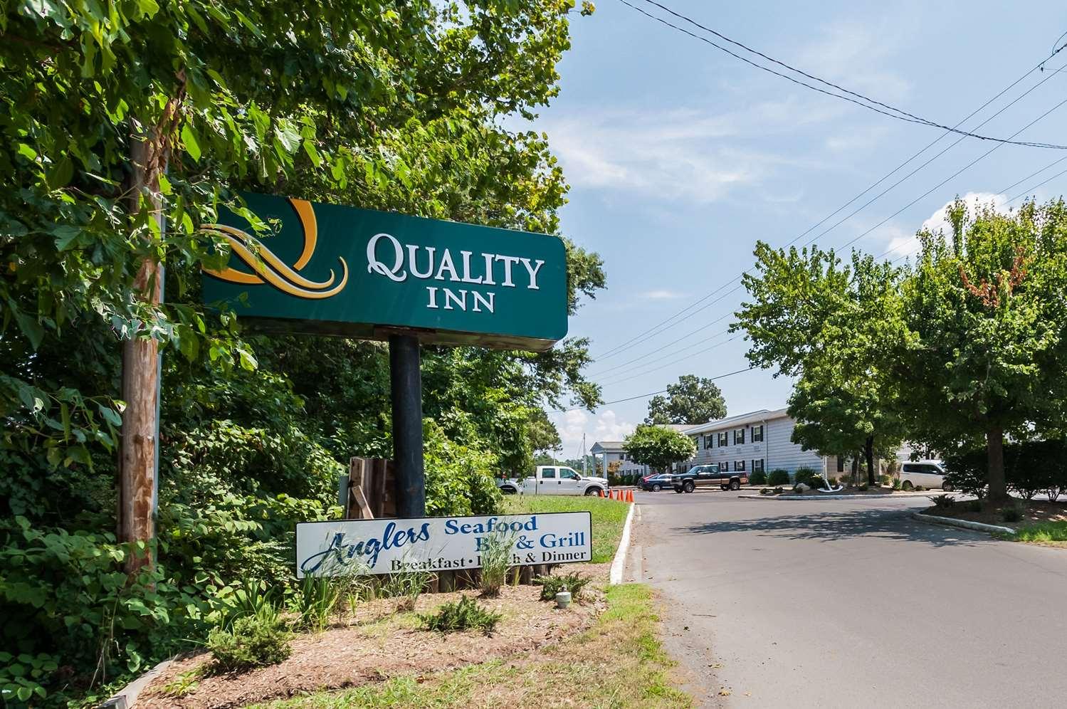 Exterior view - Quality Inn Beacon Marina Solomons