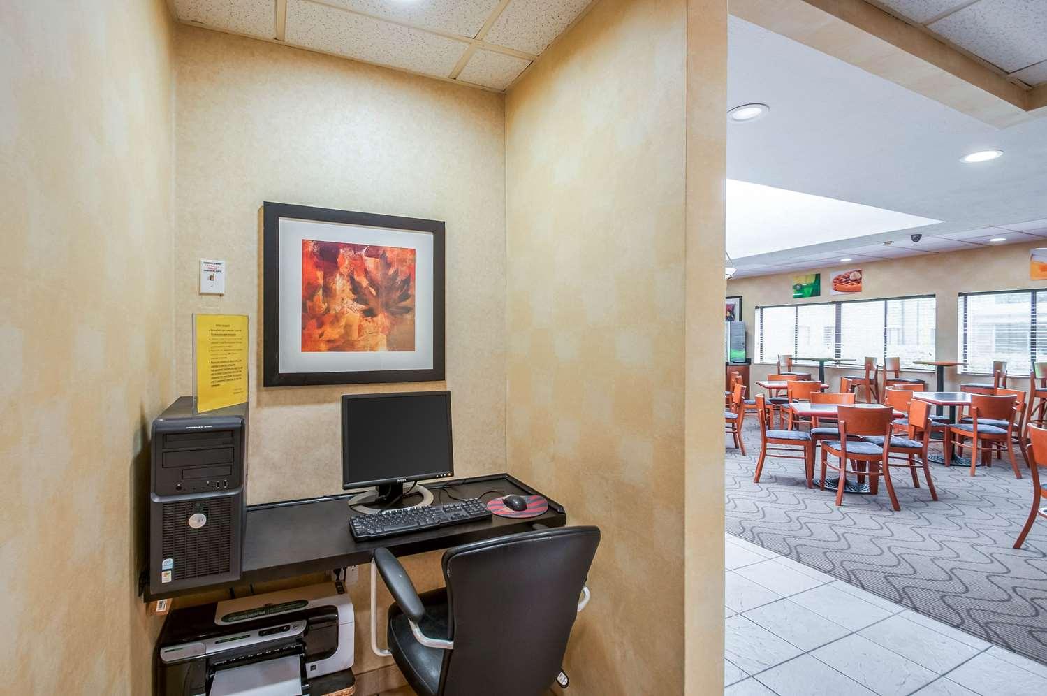 Conference Area - Quality Inn Salisbury