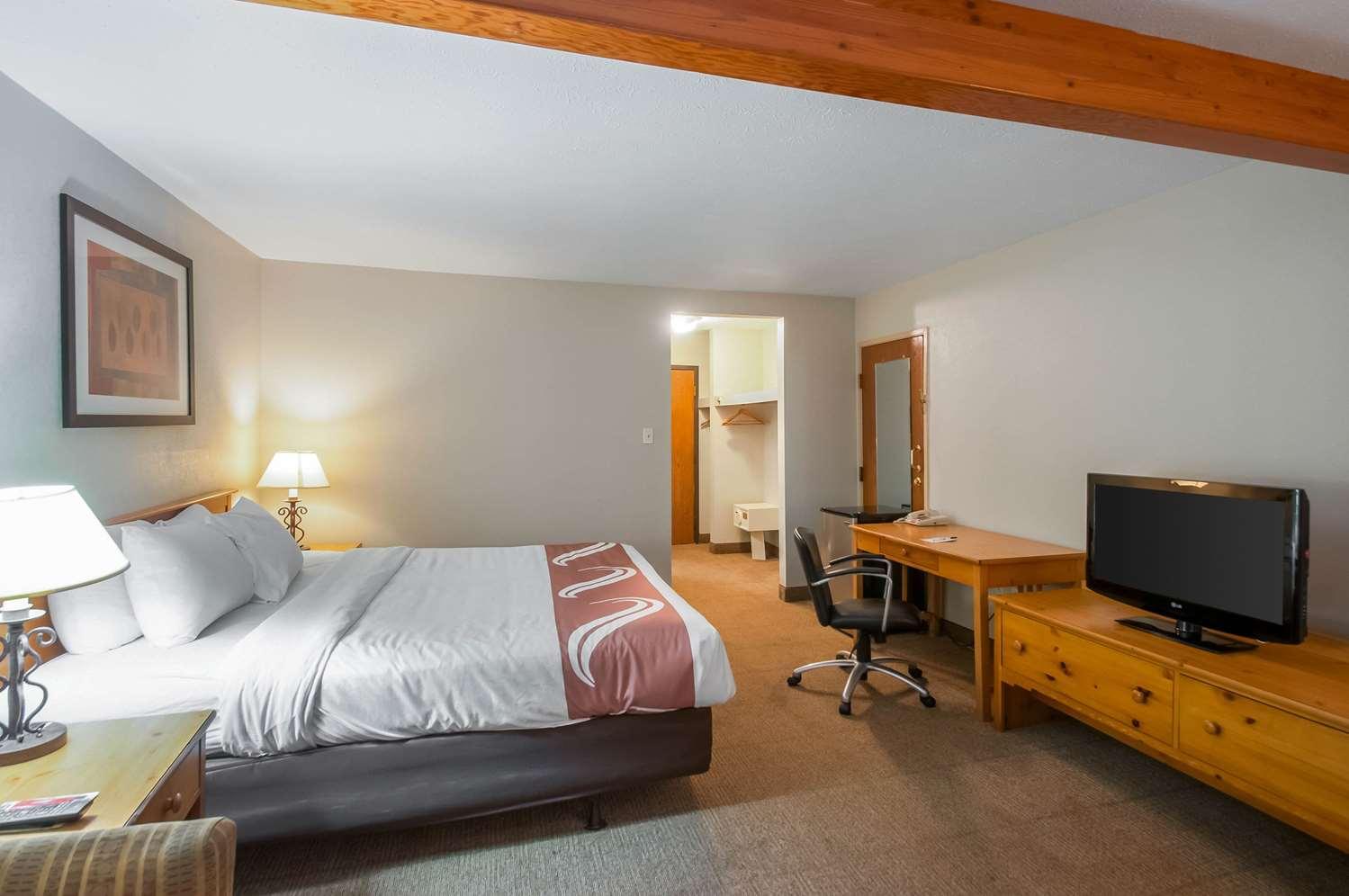 Room - Quality Inn Salisbury