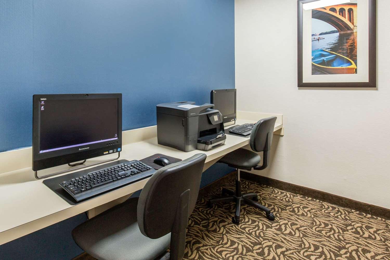 Conference Area - Comfort Inn Beltsville