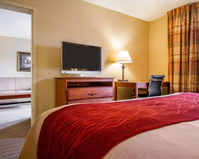 Suite - Comfort Inn & Suites Wilton