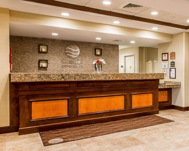 Lobby - Comfort Inn & Suites Wilton