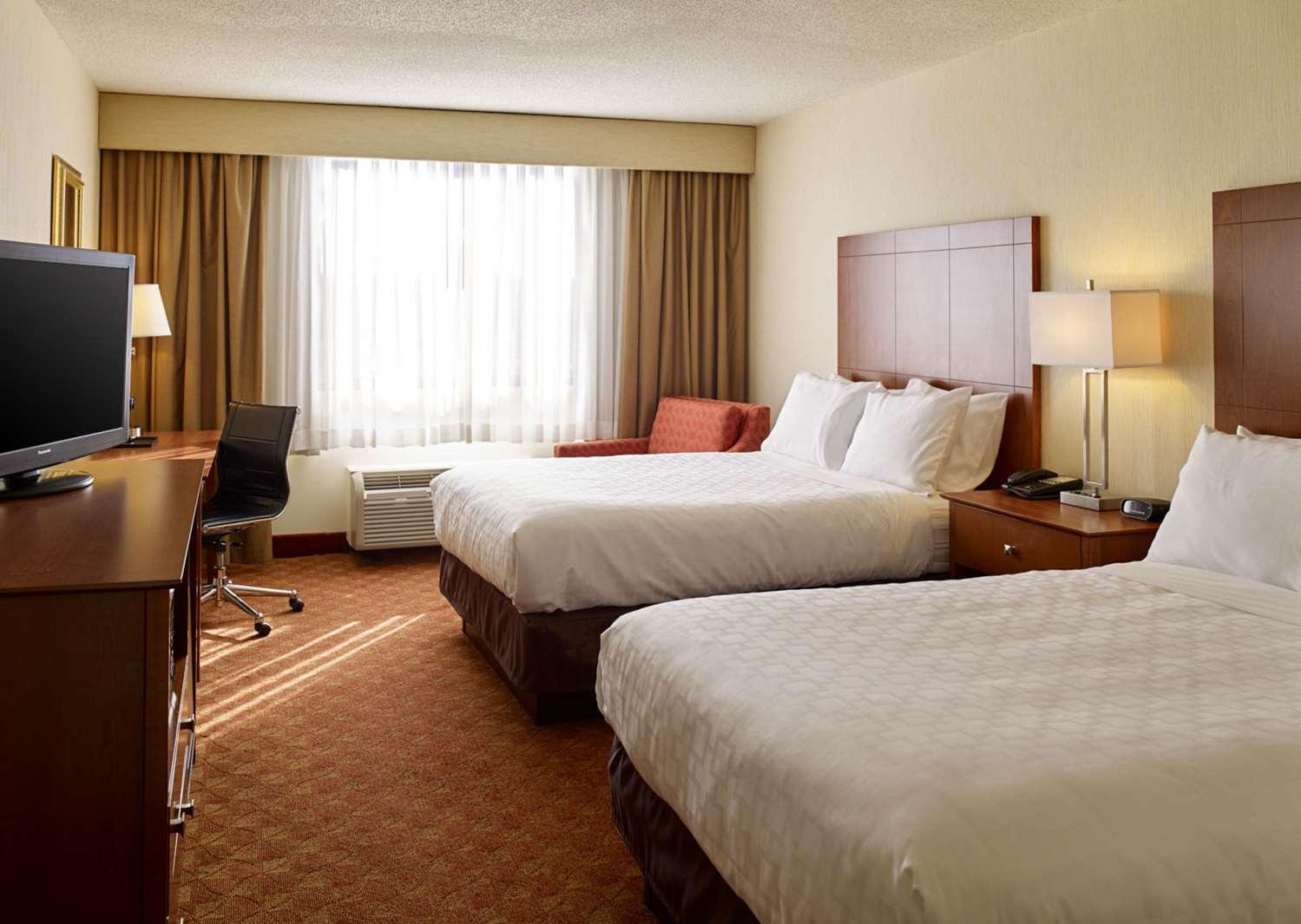 Room - Clarion Hotel Portland