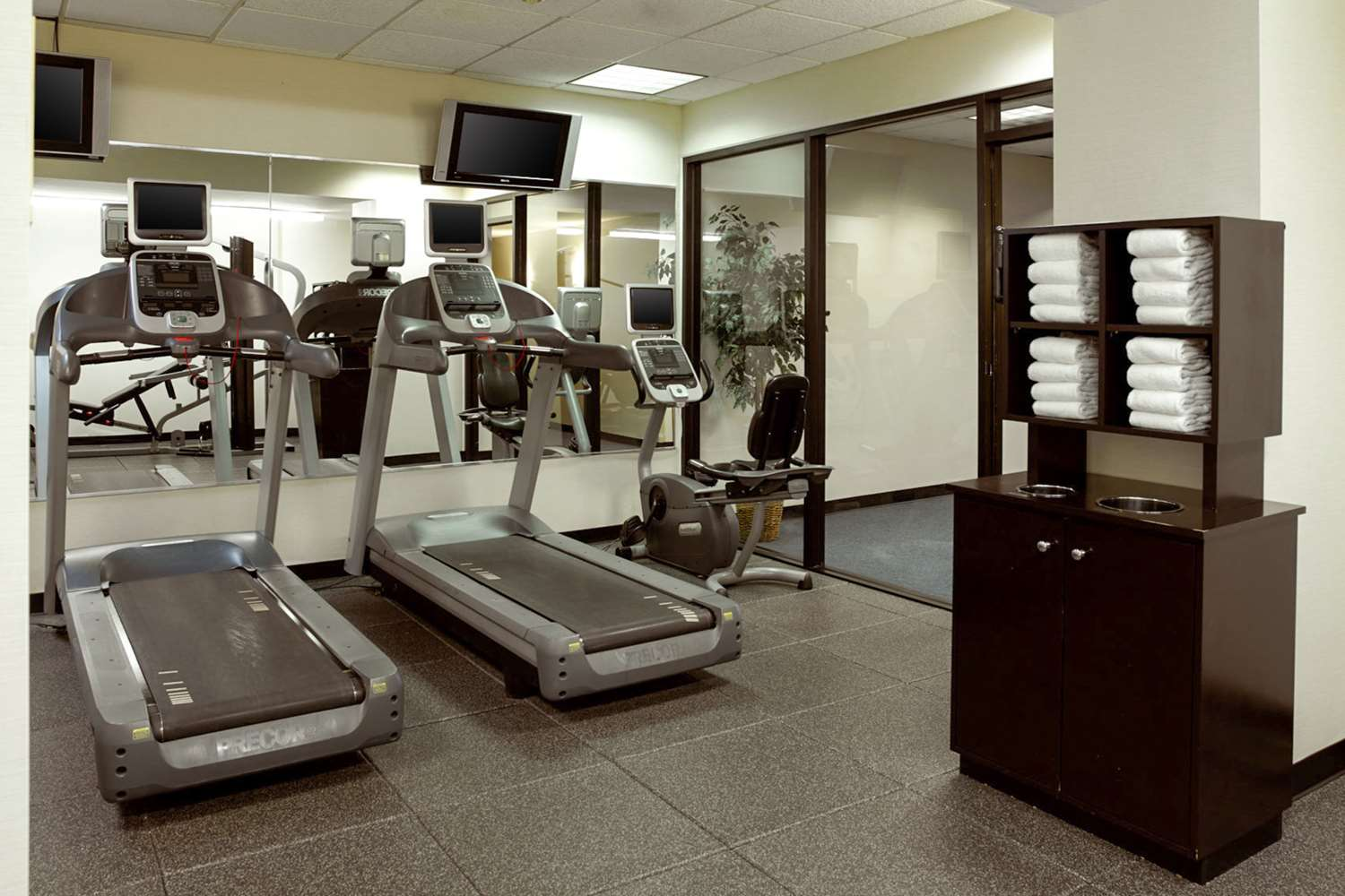 Fitness/ Exercise Room - Clarion Hotel Portland