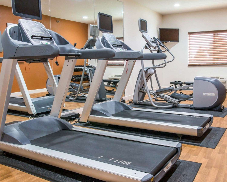 Fitness/ Exercise Room - Comfort Suites Saginaw