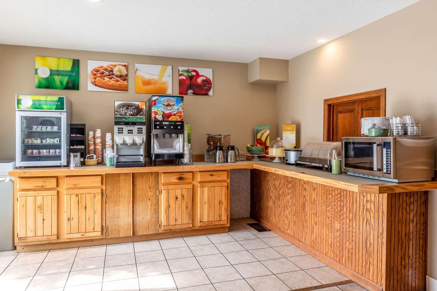 Restaurant - Quality Inn Lakefront St Ignace
